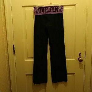 VS PINK flare yoga pants awesome!